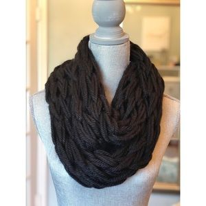 Black infinity scarf!